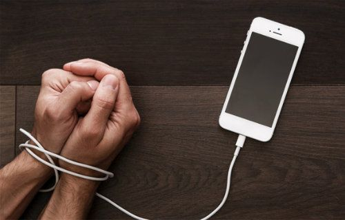 Bilim Adamları Niçin Akıllı Telefonlardan Ayrılamadığımızı Söyledi