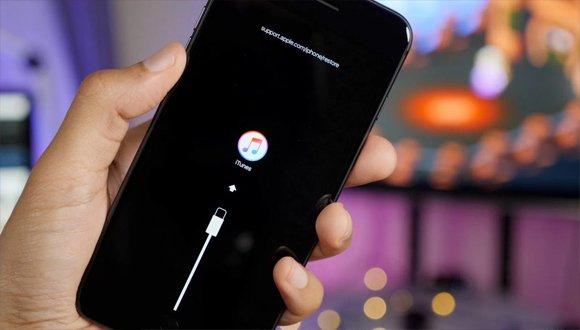 iOS 11.1.2'ye Dönmek İsteyenler İçin Kötü Bir Haber