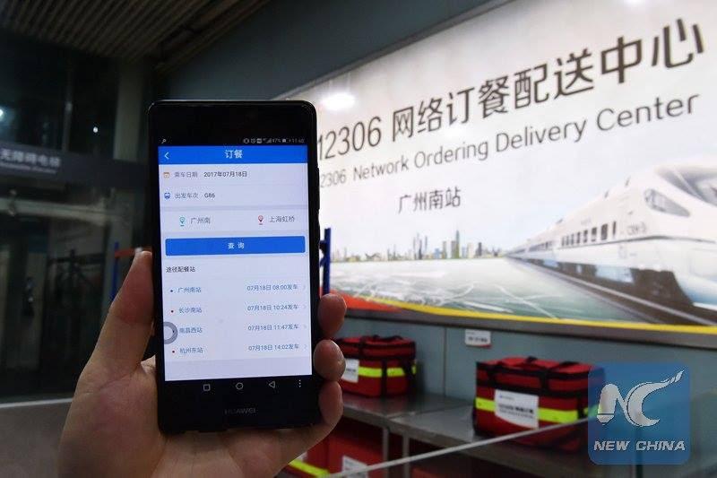Çin'de Hızlı Tren Yolcuları İçin İnternetten Yemek Sipariş Hizmeti Başladı