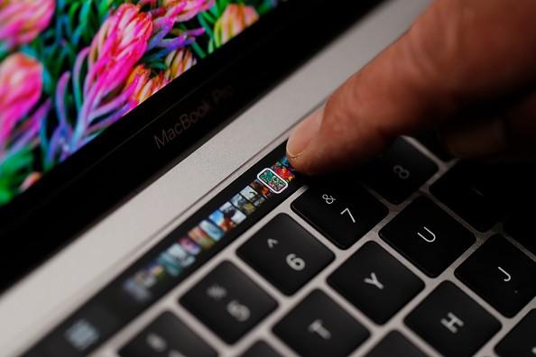 Yeni Macbook Pro'nun Pili Problemli Olabilir