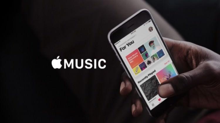 Apple Music, Spotify'a ücretli kullanıcı sayısı ile kafa tutuyor.