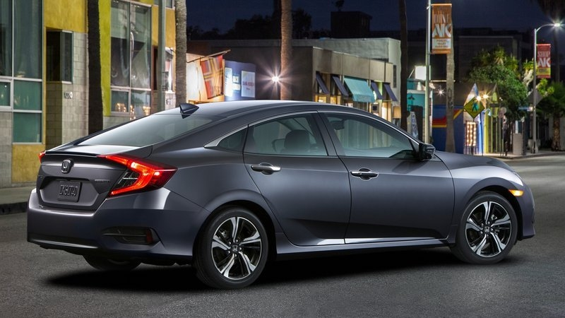 Yeni Honda Civic 2017 Tasarımıyla Tam Not Aldı