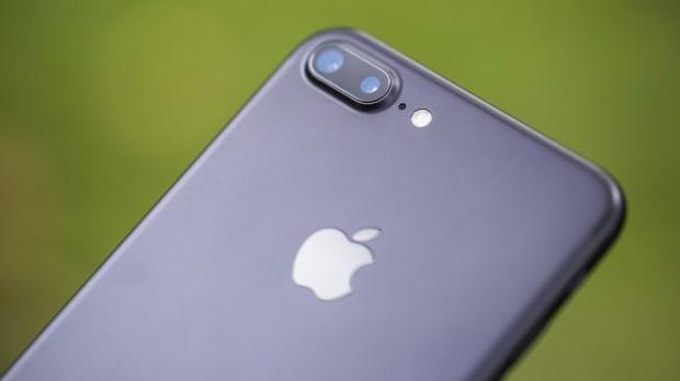 Apple 2017'de iPhone üretimini yüzde 10 azaltacak!