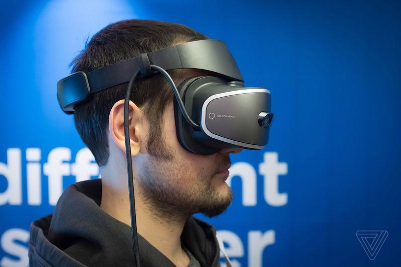 Lenovo, Hologram Destekli Yeni Gözlüğünü Tanıttı!