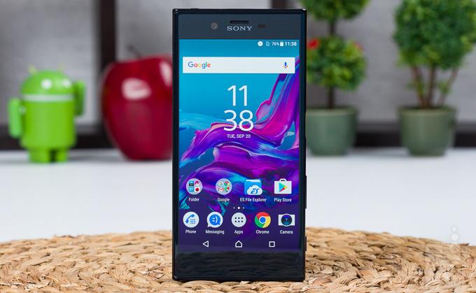 Sony, Xperia X ailesinde OLED ekran kullanabilir!
