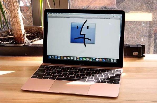 Yeni MacBook Pro Uçuk Fiyatıyla Meraklılarını Üzdü!