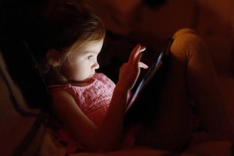 Kaspersky Lab araştırdı:  Çocuklar İnternette Bir Başına