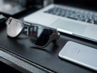 Bu Güneş Gözlüğü Youtube İle Facebook Üstünde Canlı Yayın Yapacak