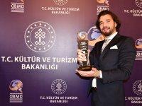 Yılın Genç Girişimci Ödülünü Deniz TÜZÜNER Aldı